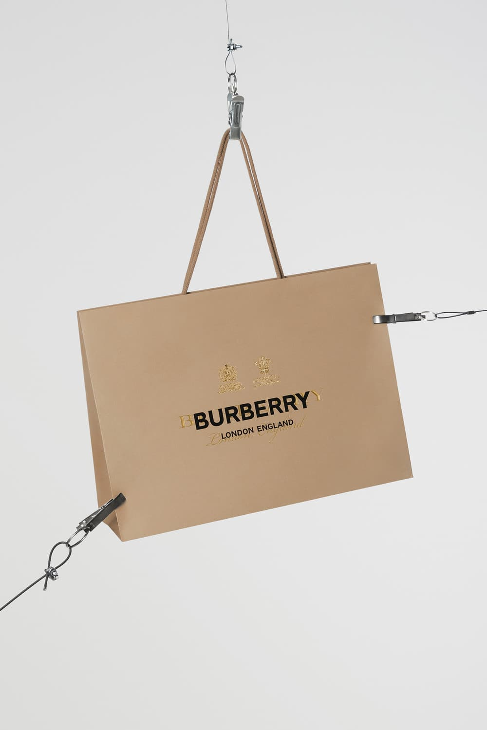 The first collection Burberry by Riccardo Tisci is coming out_acrimoniamagazine